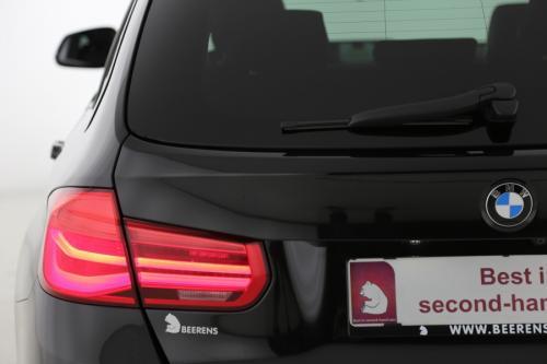 BMW 320 d TOURING + GPS + LEDER + PANO + ALU 18 + CAMERA + LED