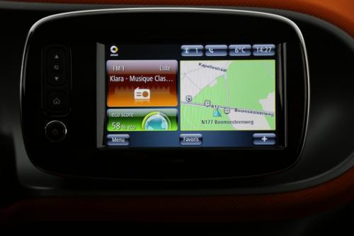 SMART Forfour 1.0i + GPS + AIRCO + CRUISE + PANO + ALU