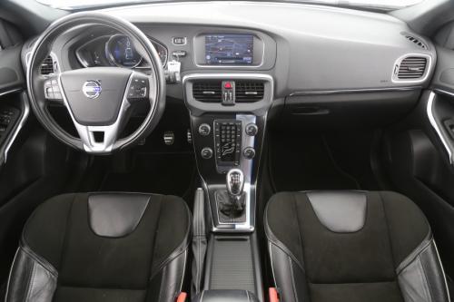 VOLVO V40 1.6 D R-DESIGN + GPS + LEDER + CAMERA + PDC