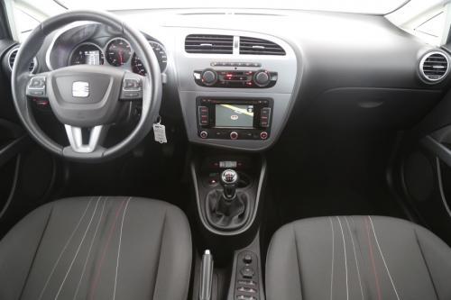 SEAT Leon 1.6 TDI + GPS + ALU 16 + PDC + TREKHAAK