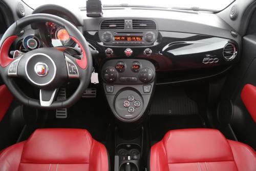 FIAT 500 Abarth AUTOMAAT + 595 TURISMO + ALU 17