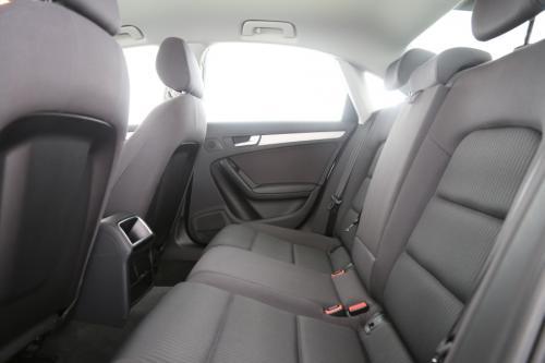 AUDI A4 2.0 TDI + GPS + AIRCO + CRUISE + ALU 16 + PDC