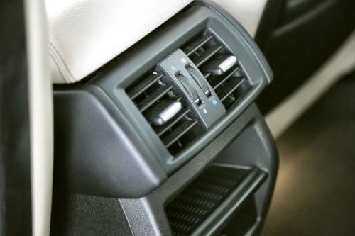 BMW X3 xDrive20dA + GPS + LEDER + XENON + CRUISE + ALU 17