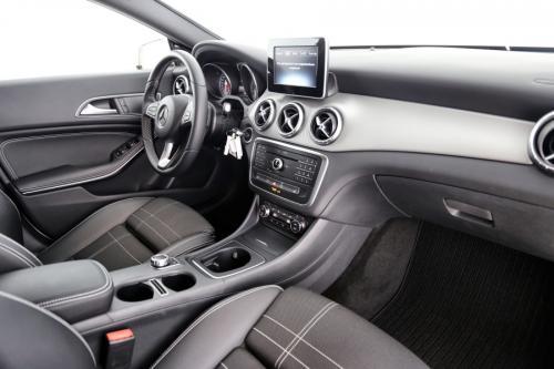 MERCEDES-BENZ CLA 200 SB AUTOMAAT + GPS + ALU 18 + HALF-LEDER