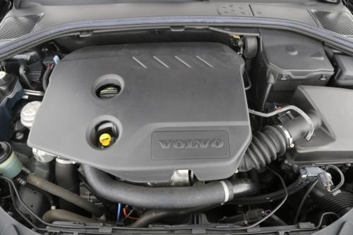 VOLVO V60 KINETIC 1.6 D2 + GPS + LEDER + CRUISE + TREKHAAK + CAMERA