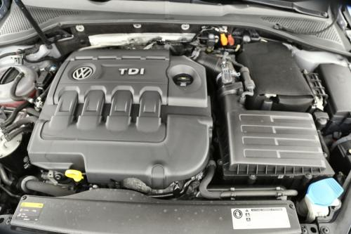 VOLKSWAGEN Golf 1.6 TDI + GPS + AIRCO + CRUISE + PDC
