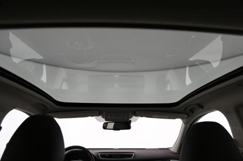 NISSAN Qashqai 1.6 DCI 4WD TEKNA + GLASS ROOF