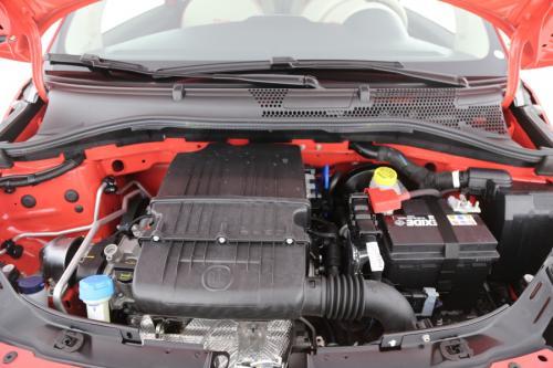 FIAT 500  1.2 BENZINE + GPS + AIRCO + PDC + ALU