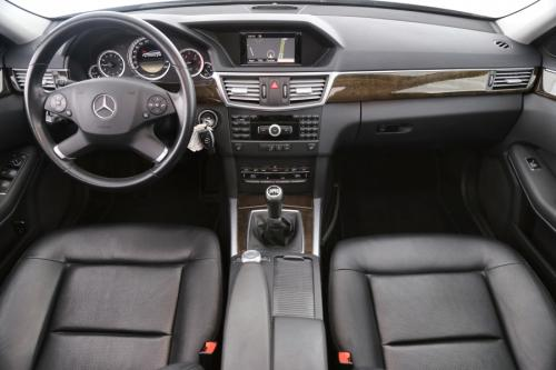 MERCEDES-BENZ E 220 BREAK  CDI + GPS + LEDER + CRUISE + PDC +  7 PL.