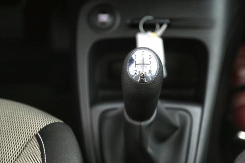 RENAULT Captur 1.5 DCI + GPS + AIRCO + CRUISE + ALU 16 + 45.356 KM