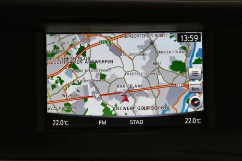 INFINITI Q30 1.5D PREMIUM + BOSE + PANO + GPS + CAMERA + AVM