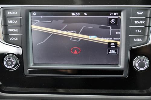 VOLKSWAGEN Touran 1.6 TDI AUTOMAAT DSG + 7 PL + GPS + PDC + CRUISE