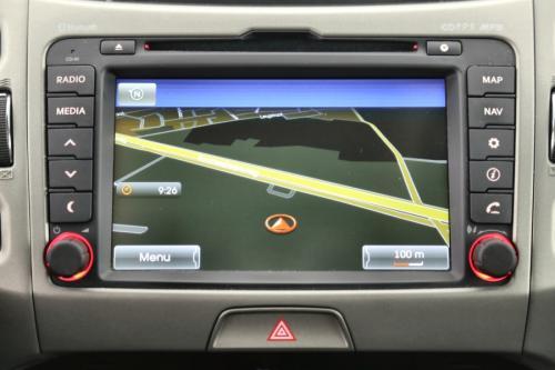KIA Sportage SENSE 2WD 1.7 CRDI +GPS +LEDER +CRUISE + PDC+CAMERA