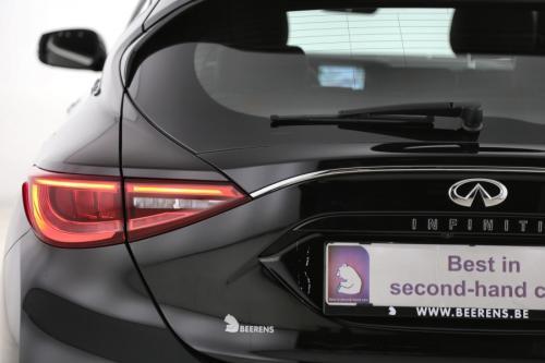 INFINITI Q30 1.5D PREMIUM + GPS + CAMERA + AVM