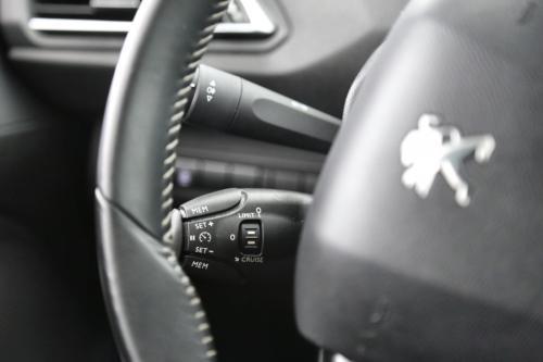 PEUGEOT 308 ACTIVE 1.6 HDI + GPS + CRUISE + AIRCO + PDC + ALU 16