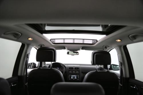 VOLKSWAGEN Touran HIGHLINE  BMT 1.6 TDI + GPS + LEDER +TREKHAAK