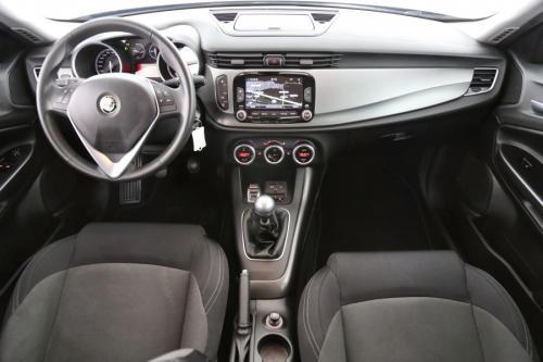 ALFA ROMEO Giulietta 1.6 JTD + GPS + ALU 16 + LED + PDC
