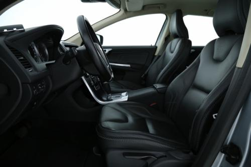 VOLVO XC60 2.0 D3 AUTOMAAT + GPS + LEDER + AIRCO + ALU 18