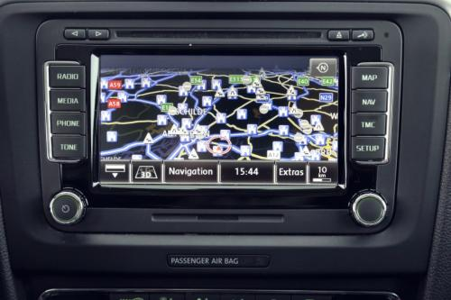 SKODA Superb COMBI ELEGANCE 2.0 TDI + GPS + LEDER + CRUISE + PDC
