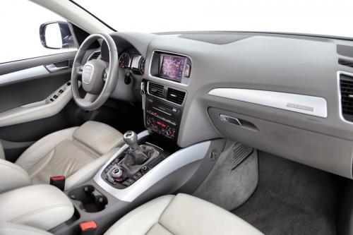 AUDI Q5 2.0 TDI QUATTRO + LEDER + XENON + GPS + PANO + ALU 19
