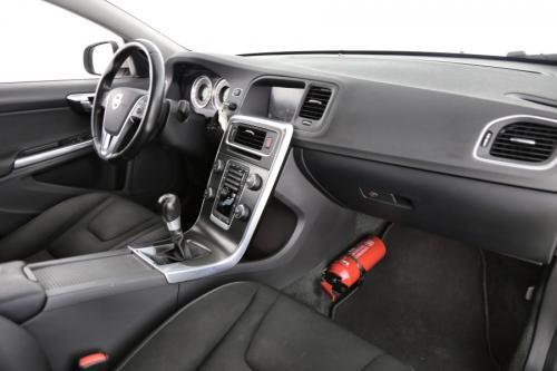 VOLVO S60 MOMENTUM 2.0 D3 + GPS + AIRCO + CRUISE + PDC + ALU 17
