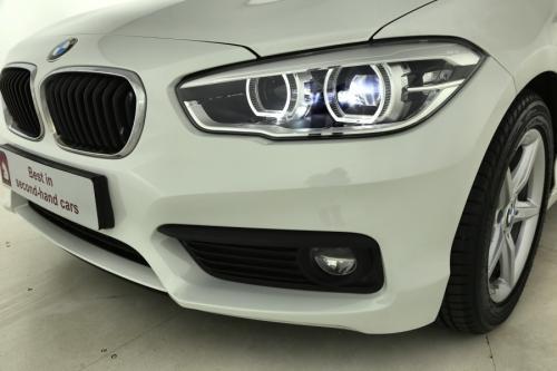 BMW 118 iA + LED + ALU 16 + PDC + GPS + CRUISE