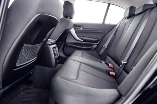 BMW 116 I + GPS + AIRCO + CRUISE + PDC + ALU 16 + 24.279 KM
