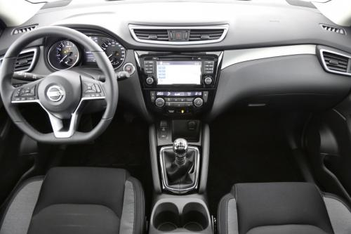 NISSAN New Qashqai 1.2 DIG-T N-CONNECTA + DESIGN PACK
