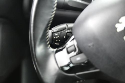 PEUGEOT 308 ACTIVE 1.6 HDI + GPS + AIRCO + CRUISE + PDC + ALU 16
