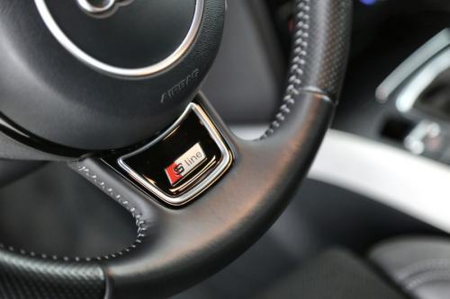 AUDI A5 SPORTBACK S-LINE 2.0 TDI + GPS + CRUISE + PDC + ALU 18 +XENON