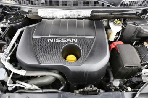 NISSAN Qashqai 1.2 DIG-T + AIRCO + GPS + CRUISE + AVM + PDC