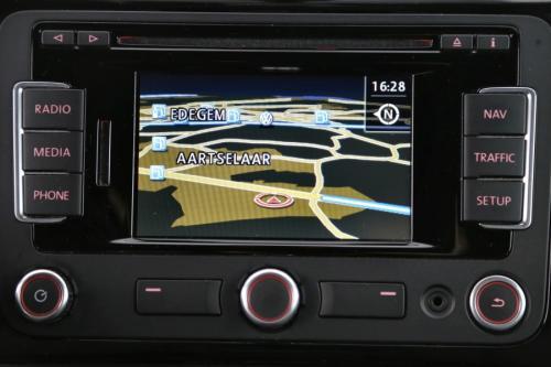 VOLKSWAGEN Beetle 1.2 TSI + GPS + ALU 17 + CRUISE + PDC