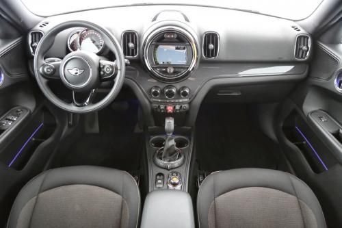 MINI Cooper D Countryman PEPPER + A/T + GPS + CRUISE + PDC + ALU 17