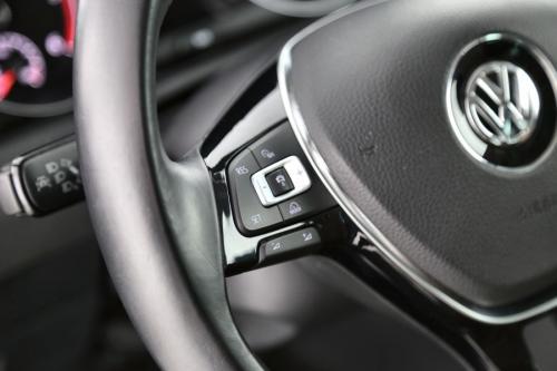 VOLKSWAGEN Golf HIGHLINE 1.6 TDI + AUTOMAAT + GPS + LEDER + PDC