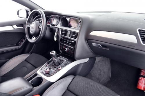 AUDI A4 AVANT S-LINE 2.0 TDI + GPS + AIRCO + CRUISE + PDC + XENON