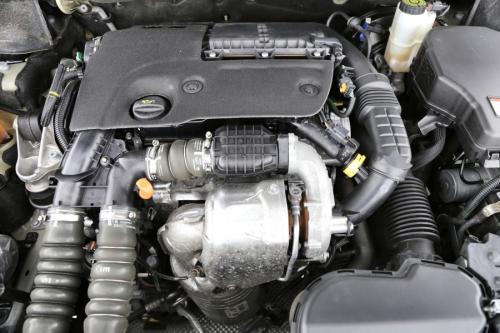 PEUGEOT 508 ACTIVE 1.6 e-HDI + GPS + AIRCO + CRUISE + ALU 16 + PDC