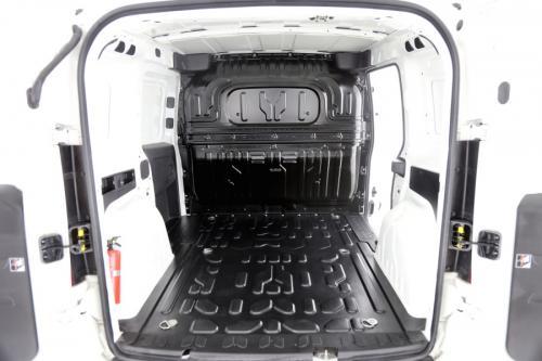 FIAT Doblo 1.6 JTD 3PLAATSEN + AIRCO + GPS + PDC + EXCL. BTW