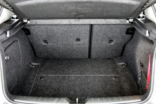BMW 116 i + M-SPORTSTUUR + GPS + ALU 16 + PDC + CRUISE