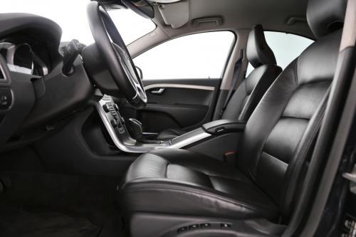 VOLVO S80 2.4 D5 AWD SUMMUM + LEDER + GPS + ALU 17