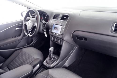 VOLKSWAGEN Polo 1.2 i + AUTOMAAT + GPS + PANO + CRUISE +TREKHAAK