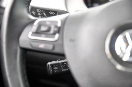 VOLKSWAGEN Passat Variant HIGHLINE BMT 2.0 TDI + AUTOMAAT + GPS