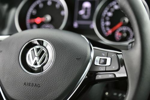 VOLKSWAGEN Golf 1.0 TSI FACELIFT COMFORTLINE + GPS + CRUISE + PDC