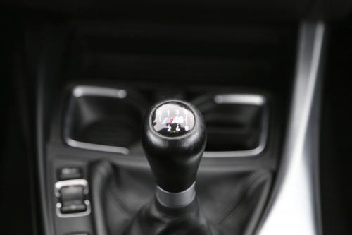 BMW 1-SERIE 120I PACK M + GPS + AIRCO + CRUISE + PDC + ALU 18