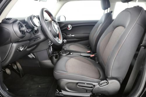 MINI One 1.2I + PDC + ALU + USB + BLUETOOTH + HEATED SEATS