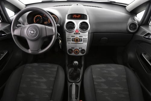 OPEL Corsa ESSENTIA 1.0 BENZINE + RADIO /CD  + 3.315 KM