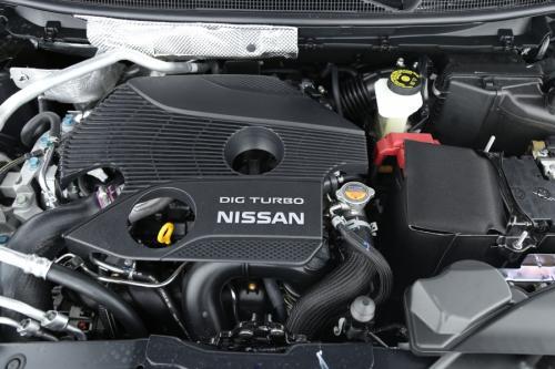 NISSAN Qashqai 1.6 DIG-T + LEDER + AVM + GPS + PDC + PANO + CRUISE