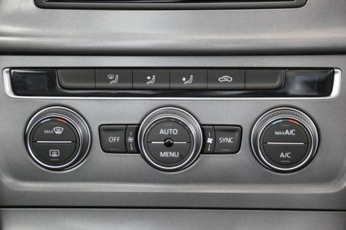 VOLKSWAGEN Golf 1.6 TDI TRENDLINE + GPS + CRUISE + PDC + ALU 16