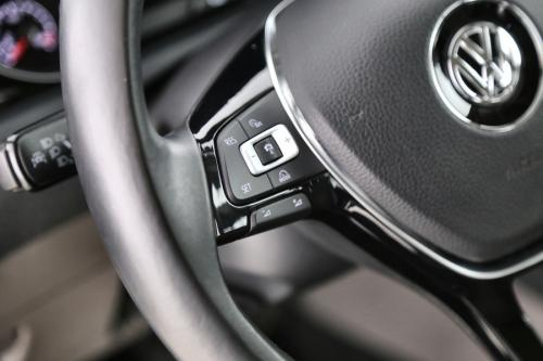 VOLKSWAGEN Golf HIGHLINE 1.6 TDI + GPS + CRUISE  + PDC + TREKHAAK