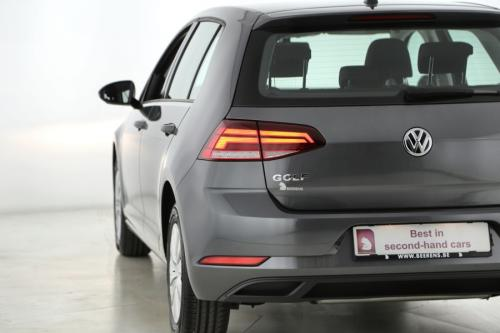 VOLKSWAGEN Golf TRENDLINE 1.0 TSI + CONNECT PACK + AIRCO + CRUISE + PDC