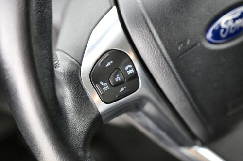 FORD Fiesta SYNC EDITION 1.5 TDCI + GPS + AIRCO